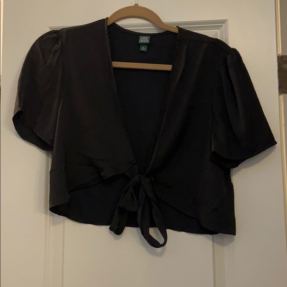 wild fable Tops - Cropped tie shirt.